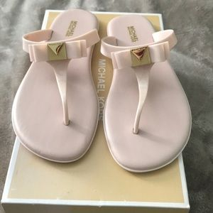 Michael Kors light pink jelly sandals